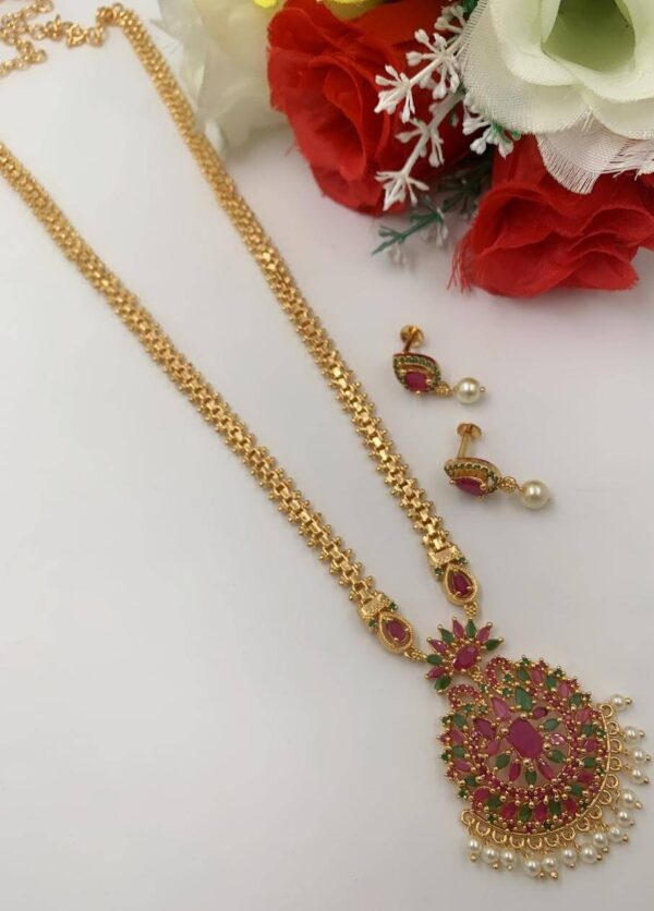 Long Chain With Colorful Pendant